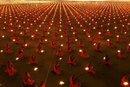 100 000 monks in prayer